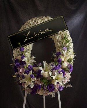 พวงหรีดดอกไม้สดหรูหรา สวยงาม คุณภาพดี คุ้มราคา