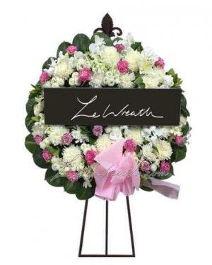 พวงหรีดดอกไม้สด ราคาไม่เกิน 1,500 บาท LW002 – อัมพร 2