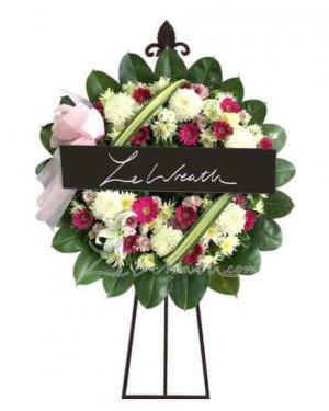 พวงหรีดดอกไม้สด ราคาไม่เกิน 1,500 บาท LW003 – อัมพร 3